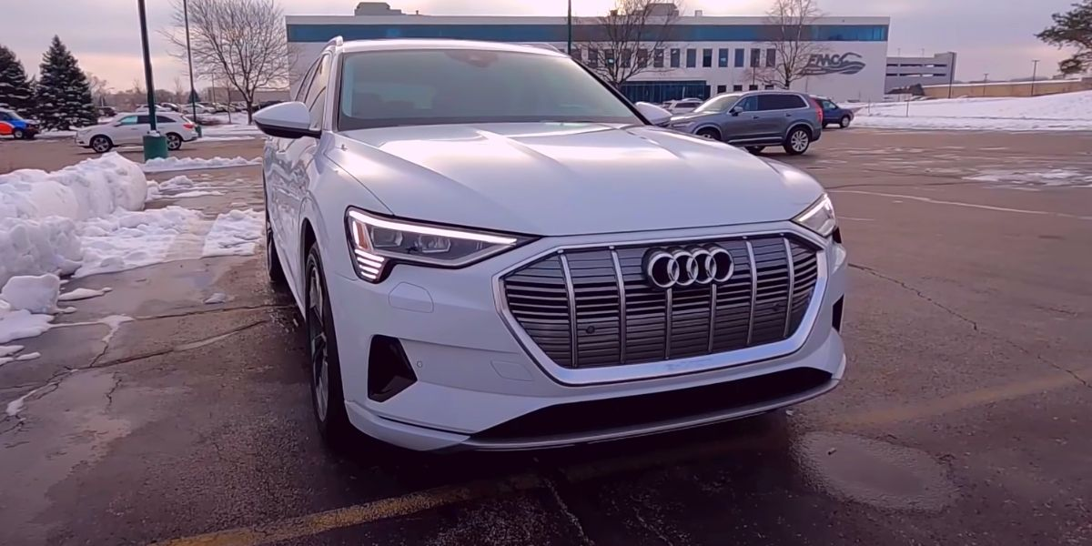 Audi e-tron 2021 дизайн