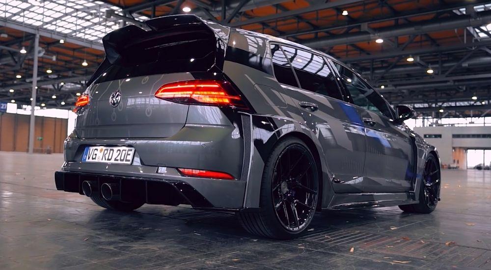Volkswagen Golf GTE HyRacer сзади