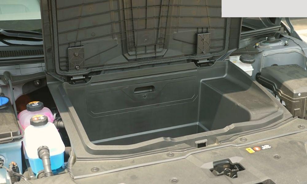 Багажник под капотом Hyundai Ioniq 5