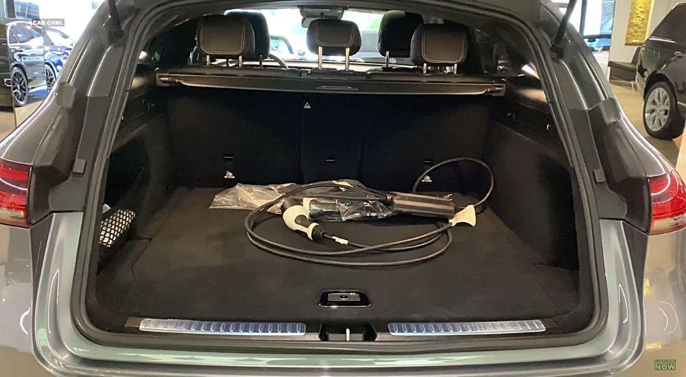 Багажник Mercedes EQC
