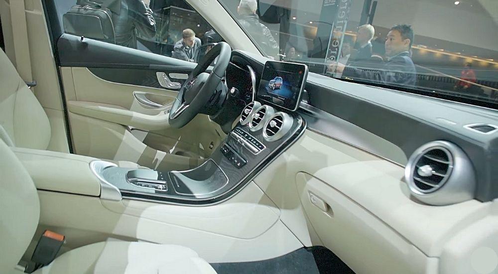 Интерьер Mercedes GLC F-CELL