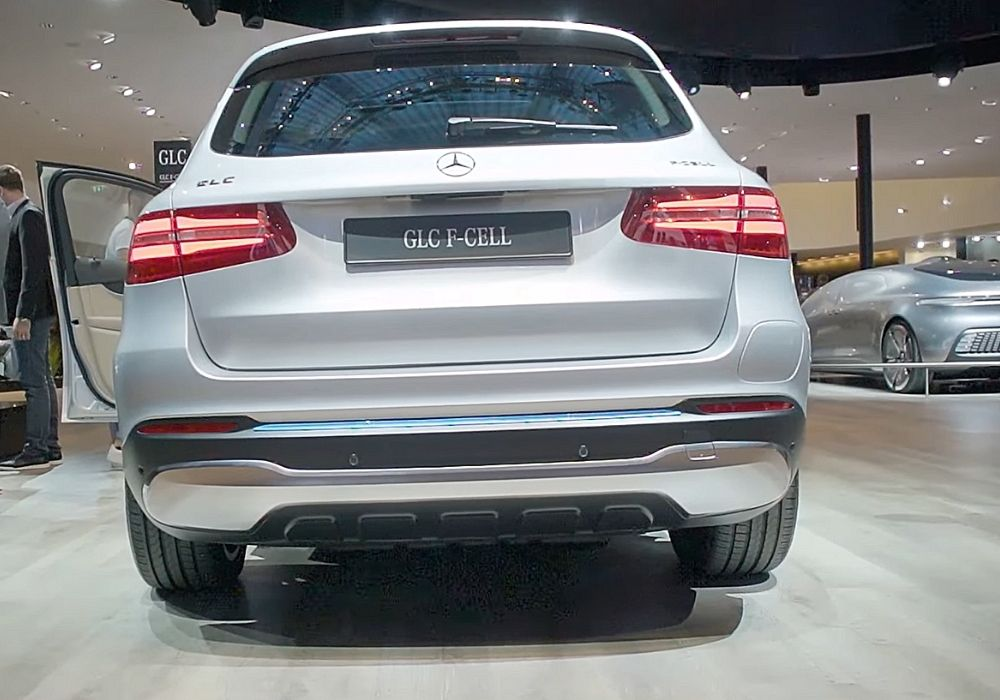 Вид сзади Mercedes GLC F