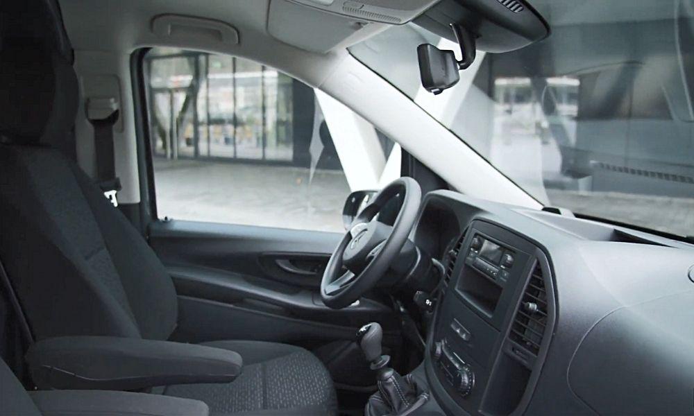 Приборная панель Mercedes eVito