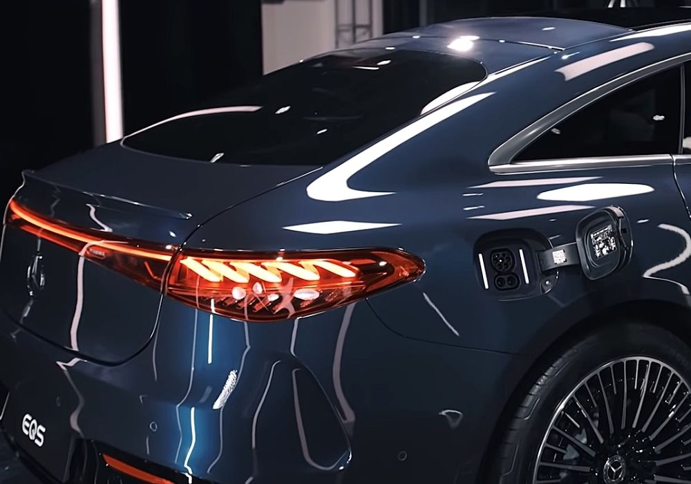 Разъём для зарядки Mercedes EQS
